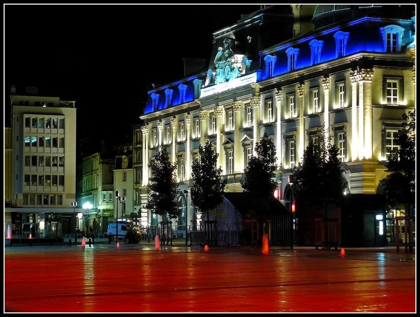 http://lyrks.free.fr/FZ8/Clermont/Night/15.JPG
