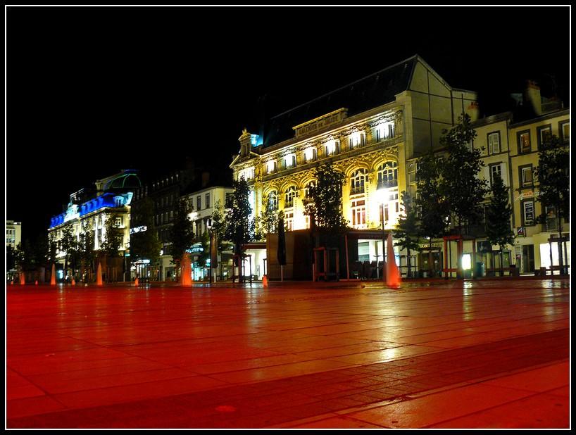 http://lyrks.free.fr/FZ8/Clermont/Night/24.jpg