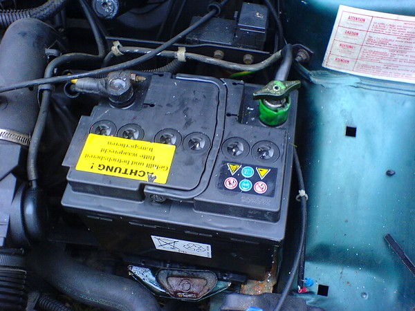 batterie voiture 106